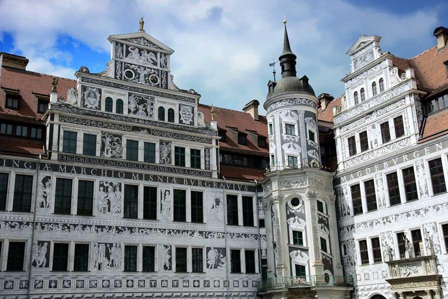 Im Residenzschloss befinden sich mehrere Museen in Dresden