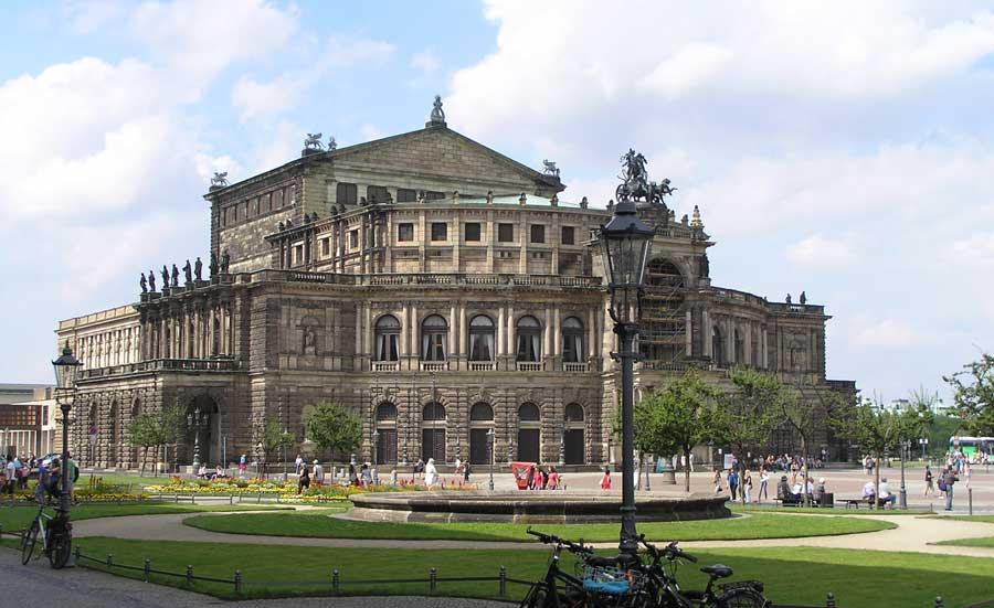 Sehenswürdigkeiten in Dresden - Semperoper