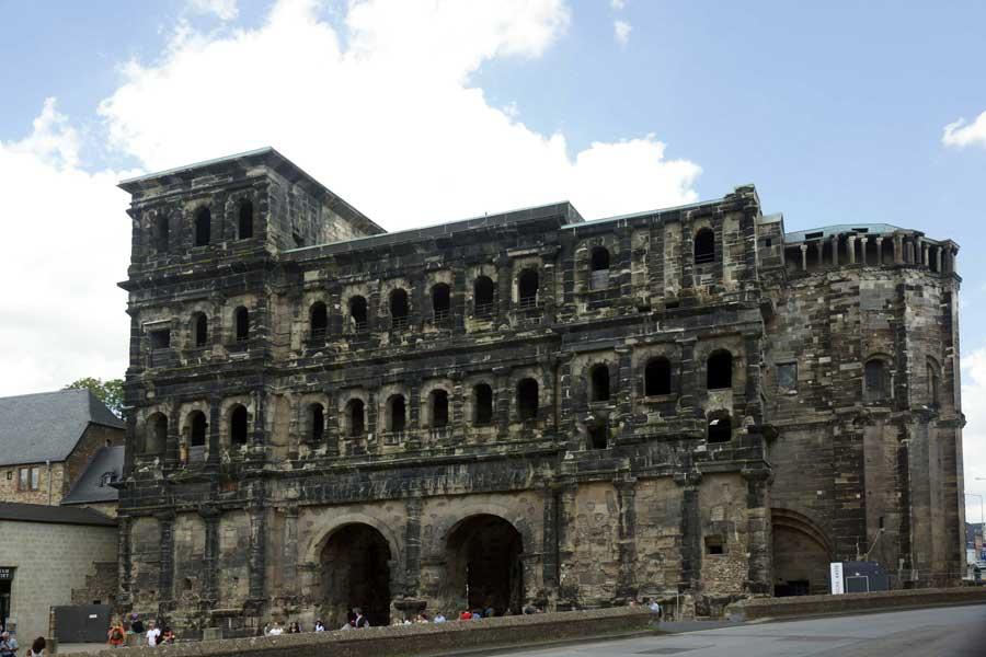 Porta Nigra in Trier - UNESCO Weltkulturerbe in Deutschland