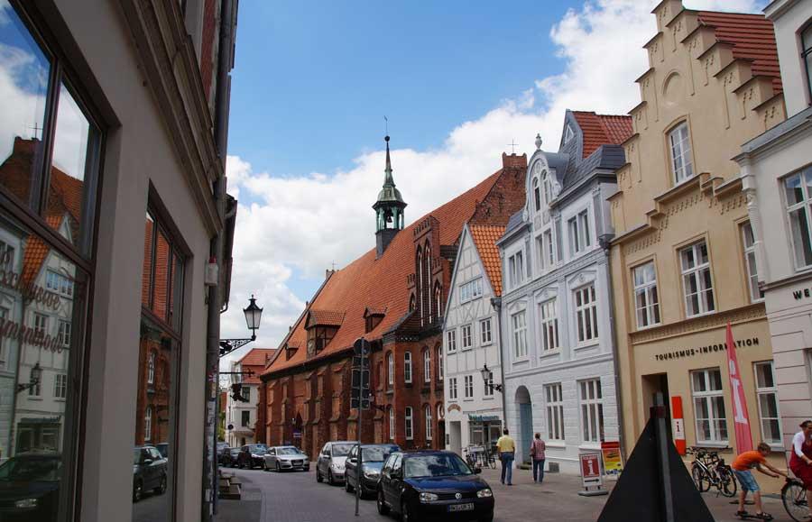 Straße in der Altstadt von Wismar