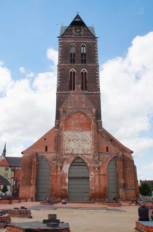 Sehenswürdigkeiten in Wismar: zerstörte Marienkirche