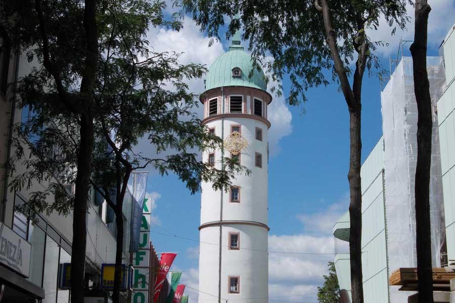 Sehenswürdigkeiten in Darmstadt- weisser Turm in Darmstadt
