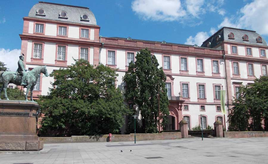 Sehenswürdigkeiten in Darmstadt - Residenzschloss