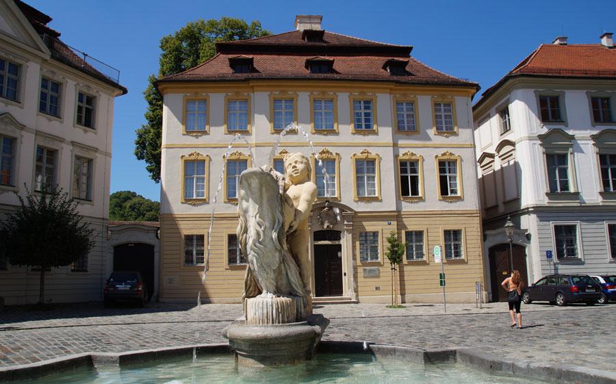 Rundum Barock wie vor 300 Jahren - Residenzplatz