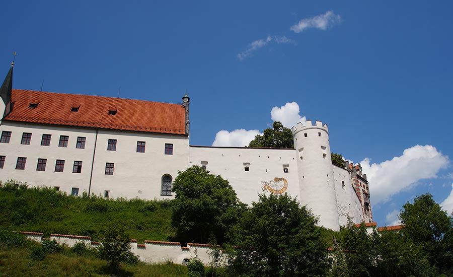 Das Hohe Schloss über der Altstadt von Füssen