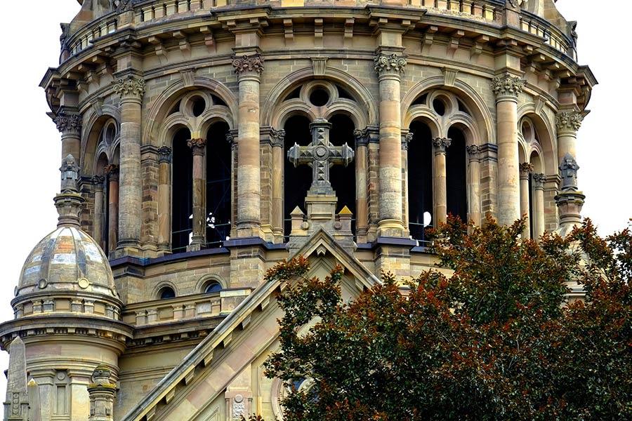 Turm der Christuskirche in der Mainzer Altstadt