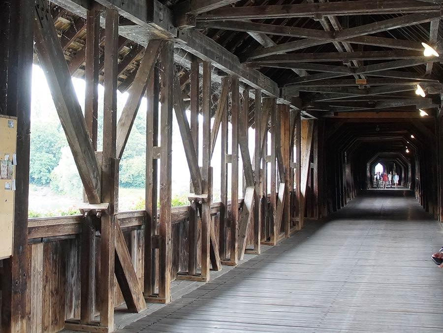 Rheinbrücke in Bad Säckingen, die längste überdachte Holzbrücke Deutschlands