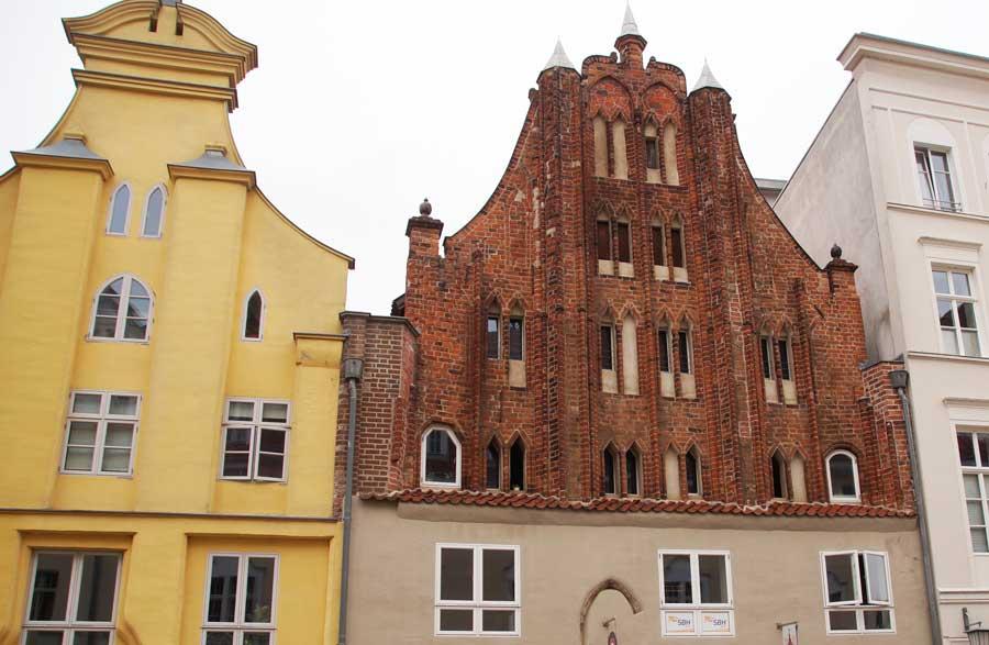 Altstadt von Stralsund mit gotischen Giebelhäusern