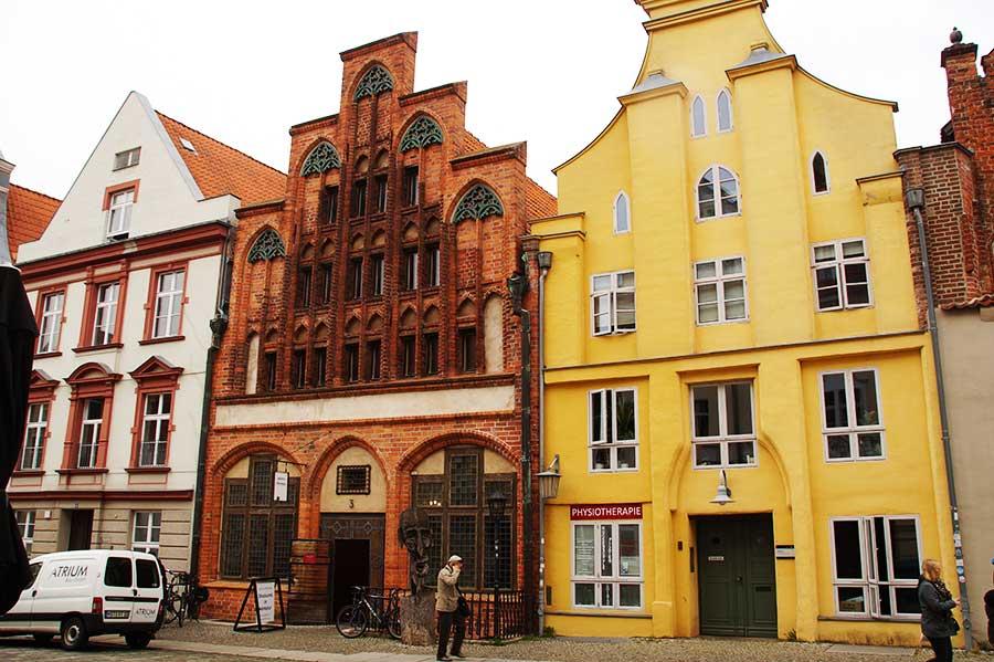 Historisches Giebelhaus - eine der Sehenswürdigkeiten in Stralsund