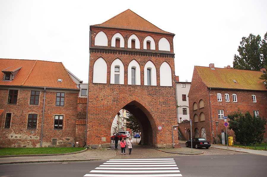 Sehenswürdigkeiten in Stralsund - Kniepertor